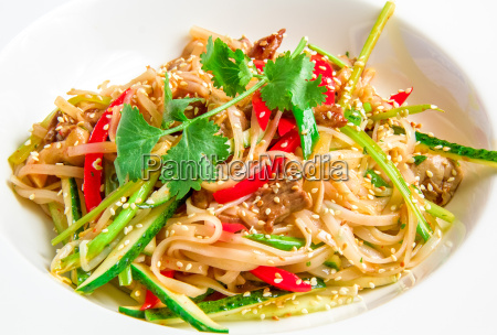 pan asian rice noodles with beef