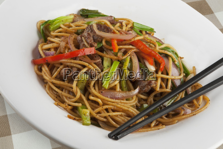 chinese noodles with black pepper sauce