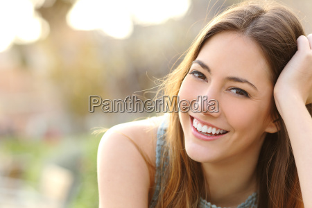 girl smiling with perfect smile and