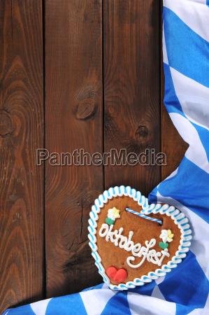 bavarian gingerbread heart with bavarian flag