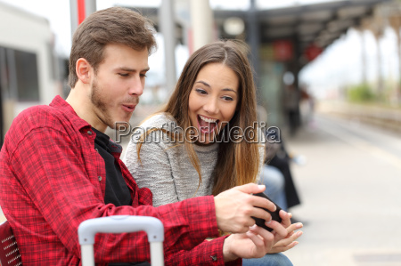 couple playing games with a smart