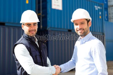 docker and supervisor handshaking in front