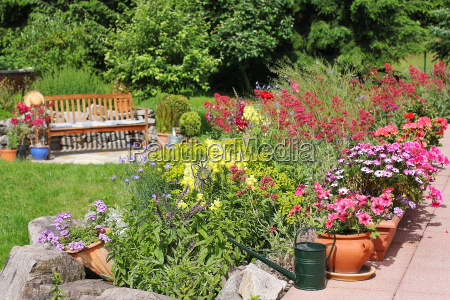 gartenidylle mti seat and rock garden