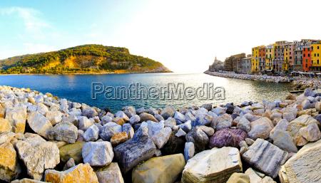portovenere stones