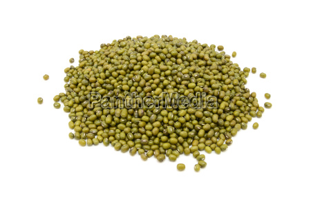 dried green mung beans