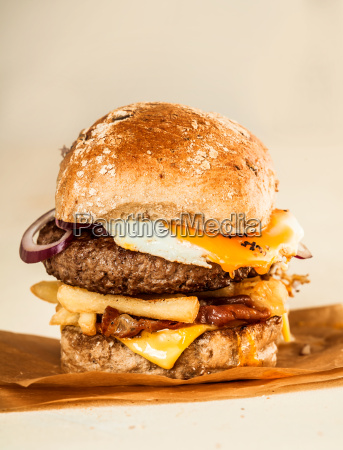 quarter pound burger with cheese onions