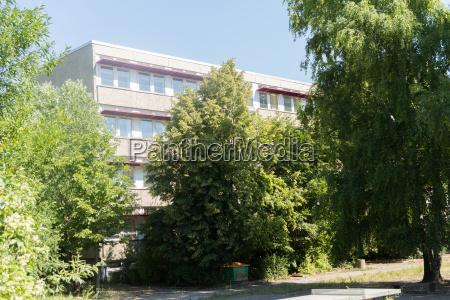 refugee accommodation neruda school leipzig