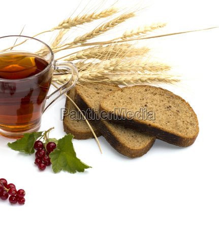 the cut bread tea wheat and