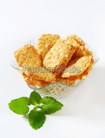 crispy almond sandwich cookies