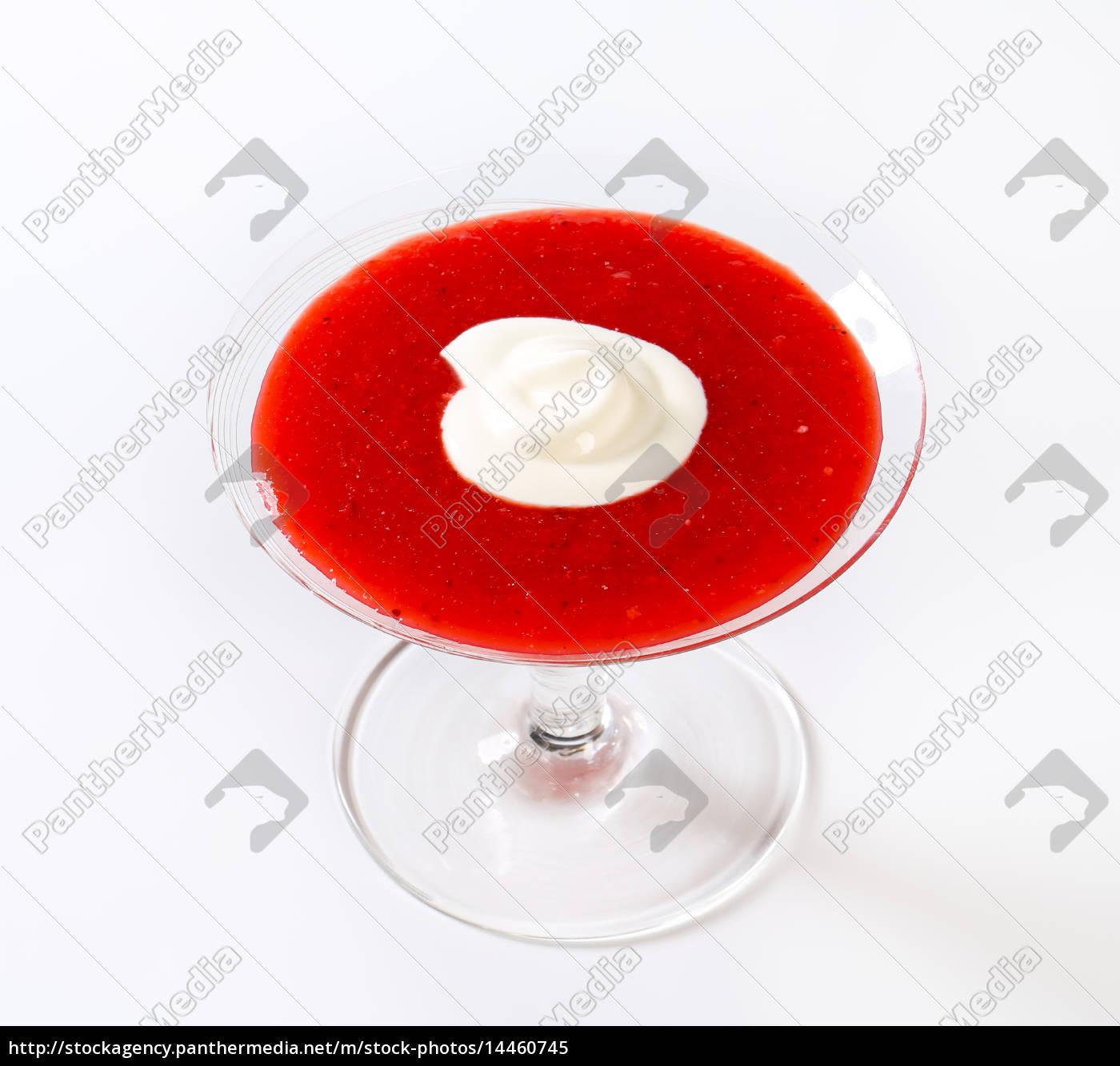 strawberry, puree, with, cream - 14460745