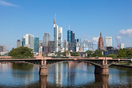 skyline de frankfurt main hesse alemania