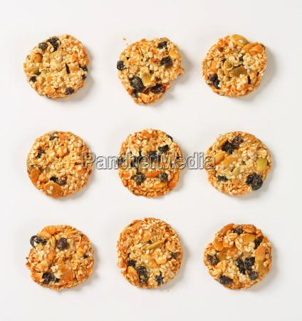 sesame raisin cookies