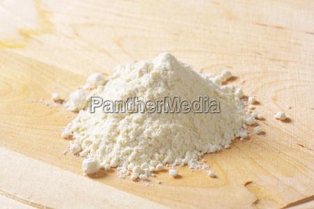 pile of wheat flour