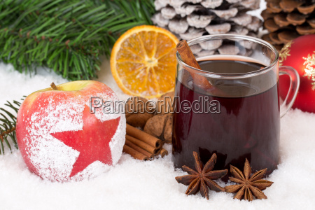 apple fruit with mulled wine alcoholic