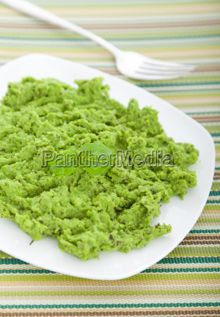 green pea puree green pea puree
