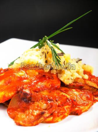 white fish with tomato sauce white