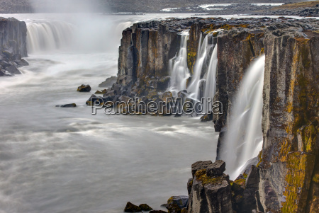 the waterfall selfoss in northern iceland