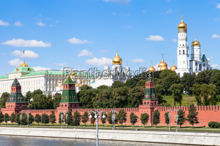 cathedrals and state palace in moscow