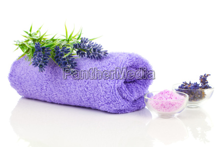 towel with lavender blossoms and aromatic