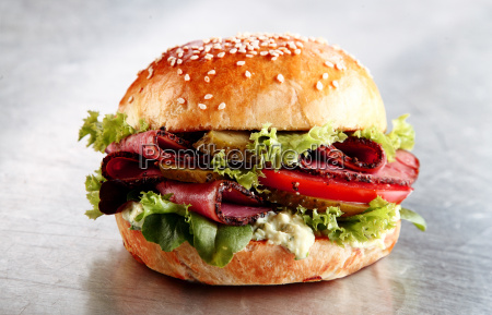 delicious sesame bun with roast beef