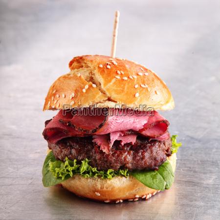 hamburger with roast beef on a