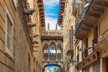 carrer del bisbe in barcelona gothic