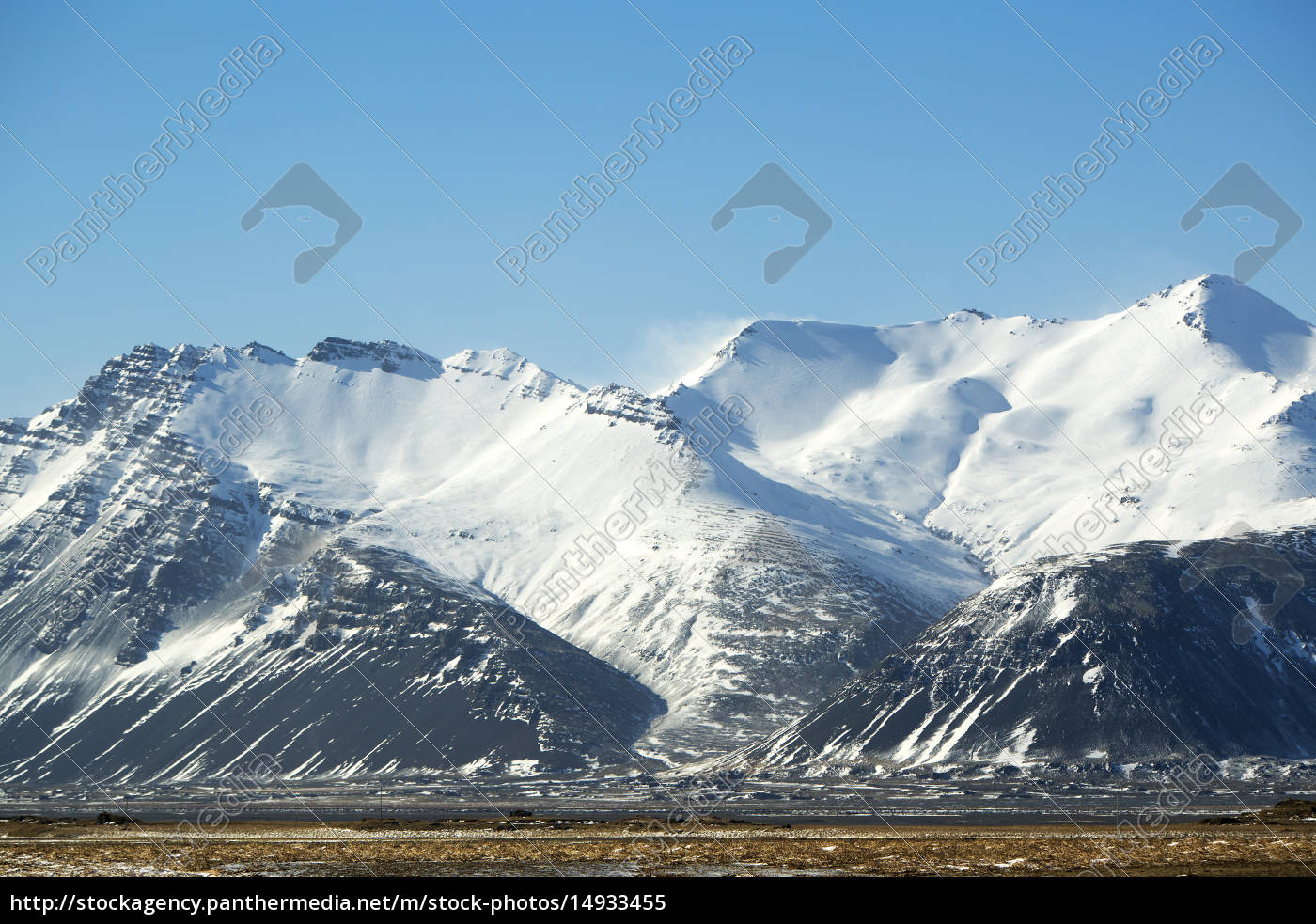 snow-covered, volcanic, mountain, landscape, in, iceland - 14933455