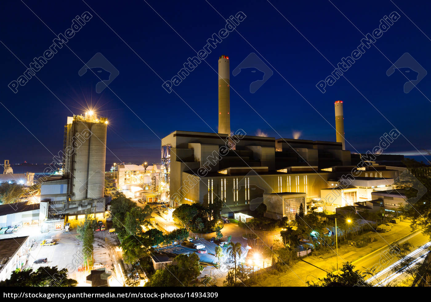 cement, factory, at, night - 14934309