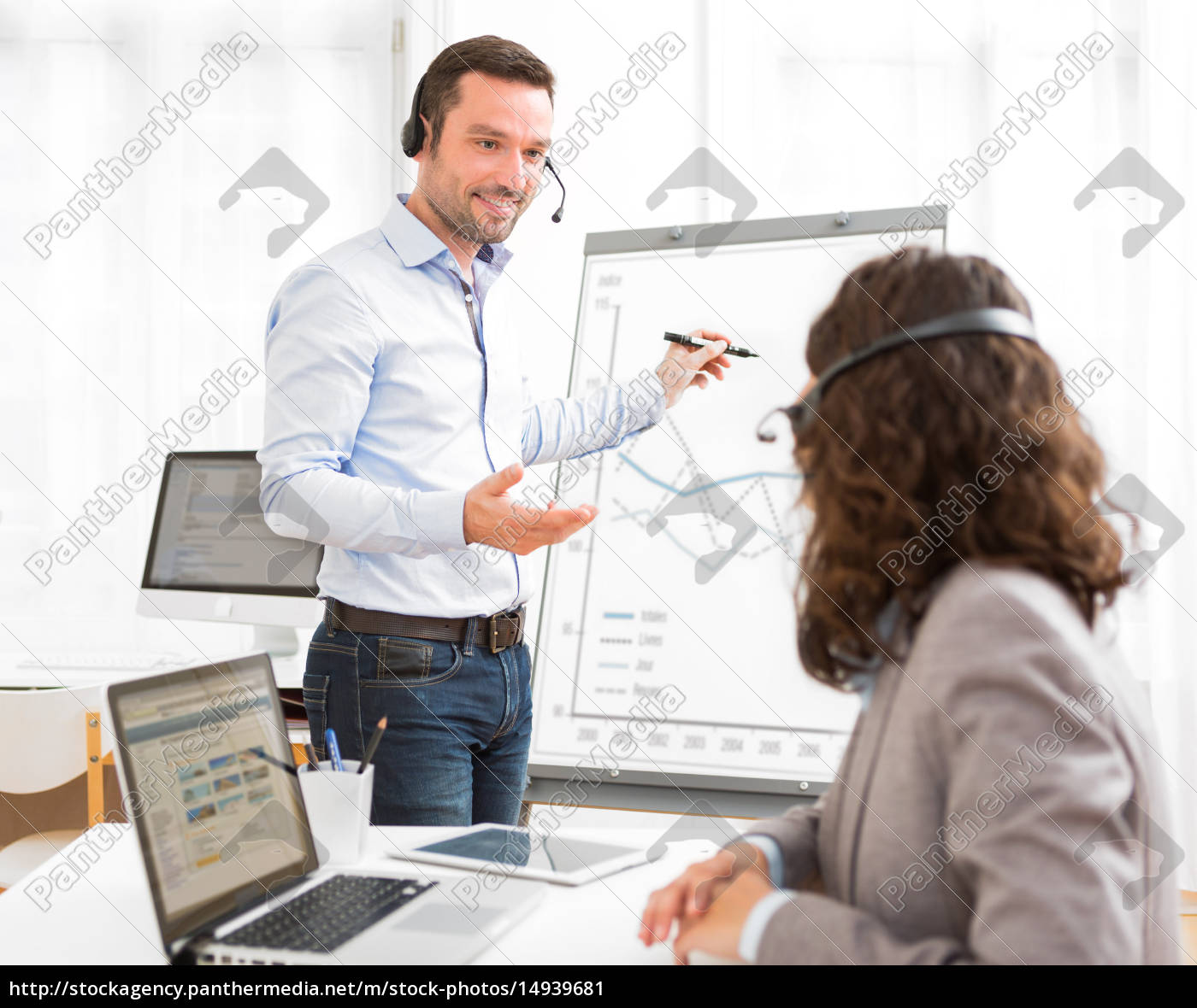 business, man, and, woman, analysing, stats - 14939681