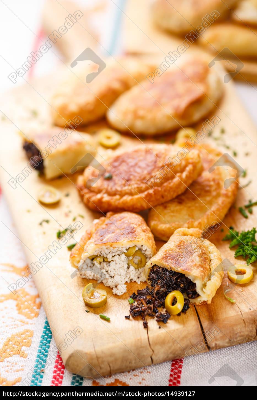 empanadas, (pirozhki) - 14939127