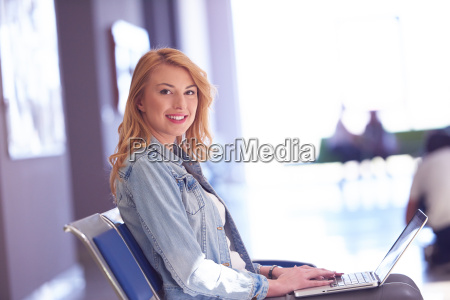 student, girl, with, laptop, computer - 14940339