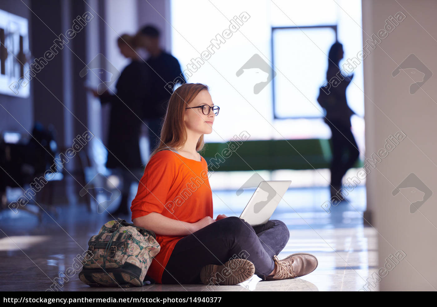 student, girl, with, laptop, computer - 14940377