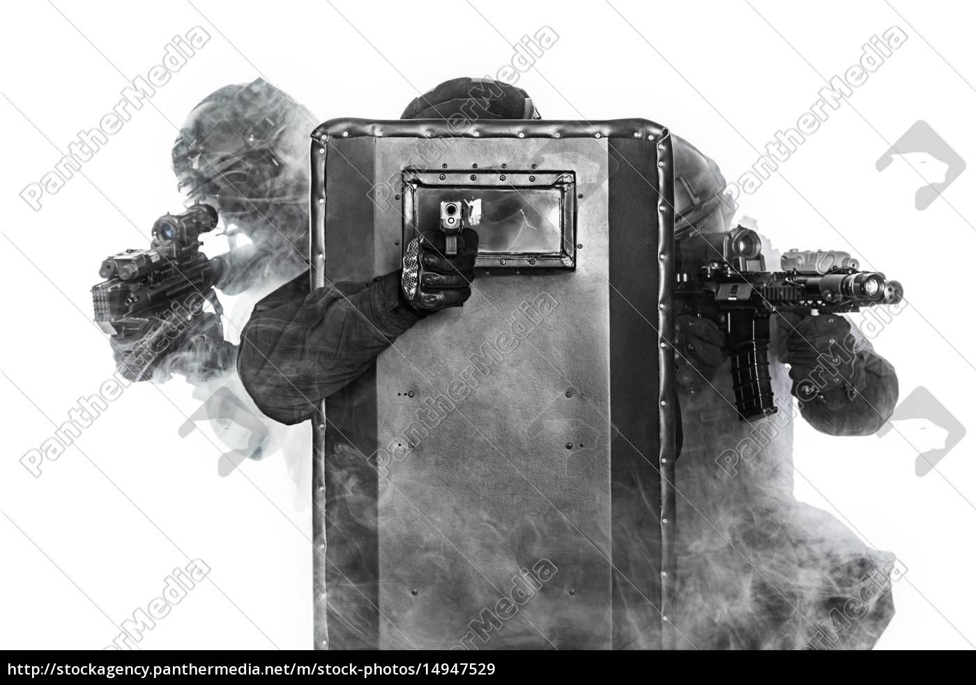 police, officers, swat - 14947529