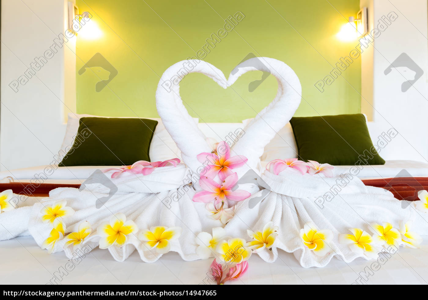 white, towel, decoration - 14947665