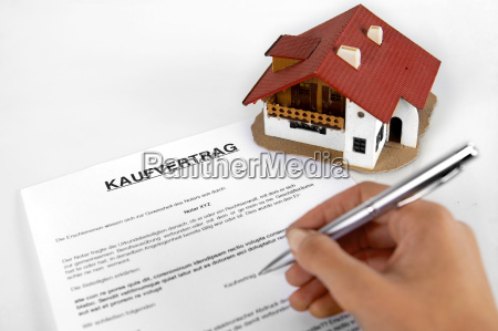 signing real estate contract concept