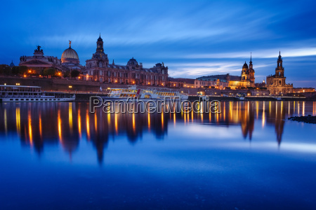dresden skyline at the blue hour