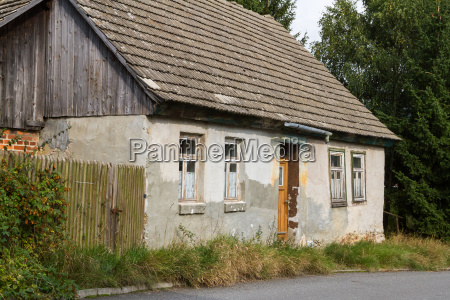 small house expiration