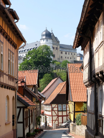 alley in stolberg with a view