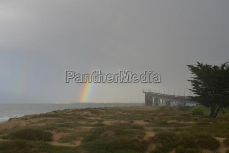 rainbow at the pont de re