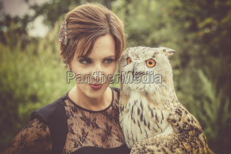 the owl and the model