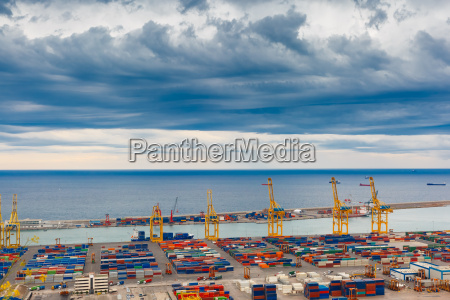 sea cargo port and container terminal