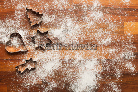 cutter for biscuits with icing sugar