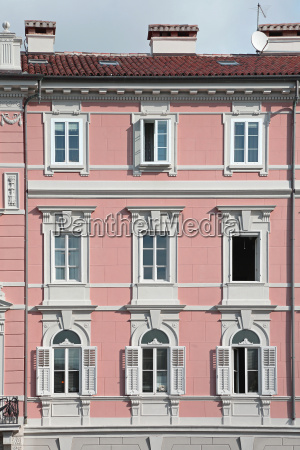 trieste windows