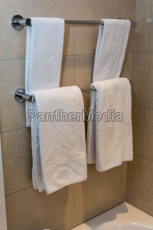 bathroom towels white towels on