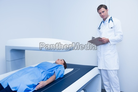 doctor and a patient in radiography