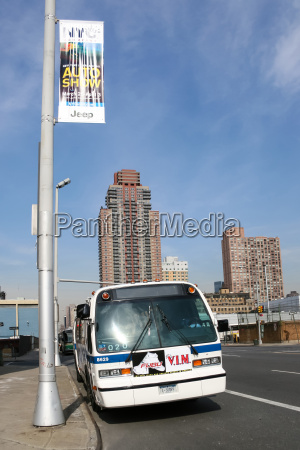 bus in manhattan
