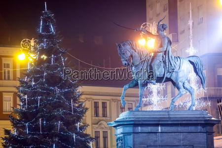 statue of ban josip jelacic in