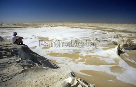africa egypt sahara farafra white desert