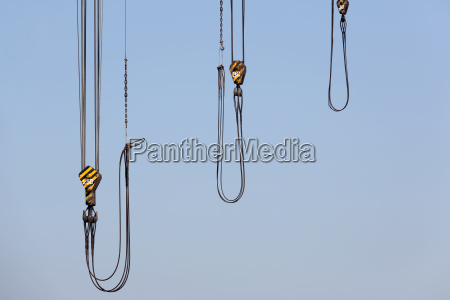 crane wire with steel hook