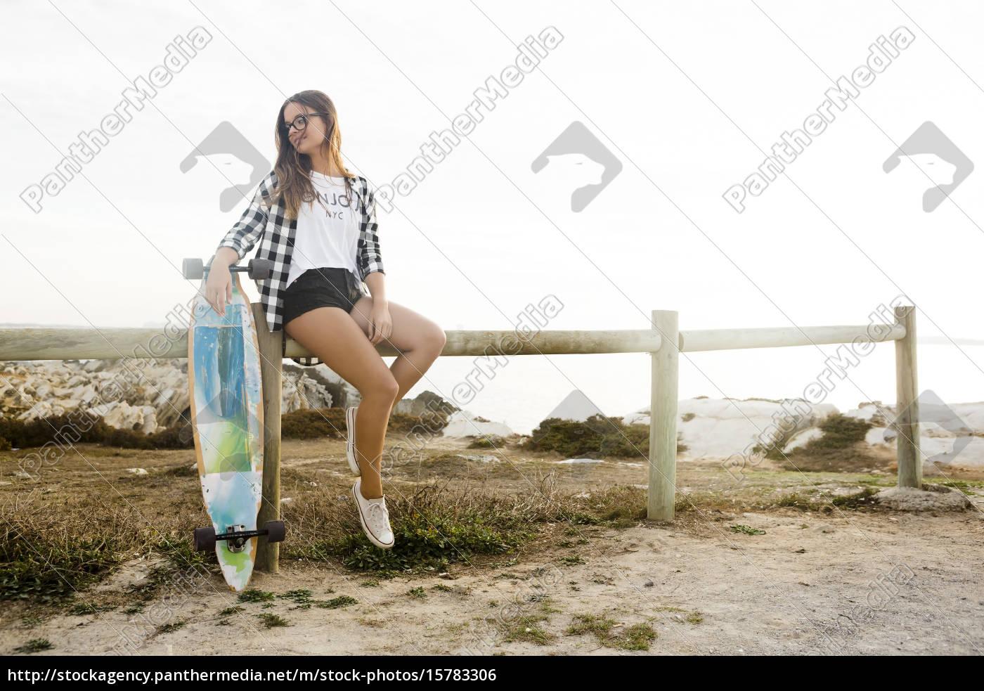 skater, girl - 15783306